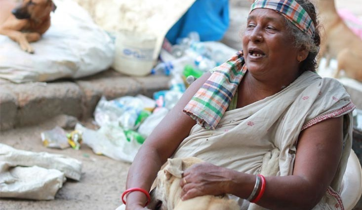 ketto- Amma: Scavenger gone saviour for stray dogs