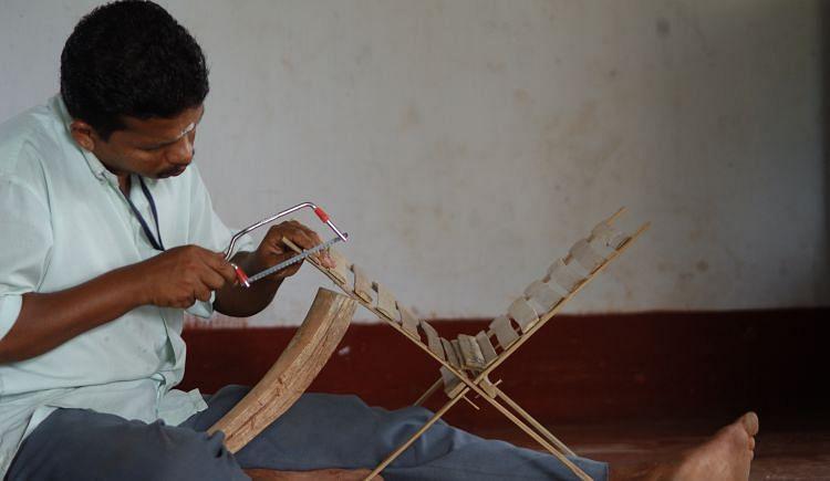 Fund artisans to establish a Craft Village