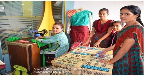 Manpasand Life's Tailoring Class to help the Needy
