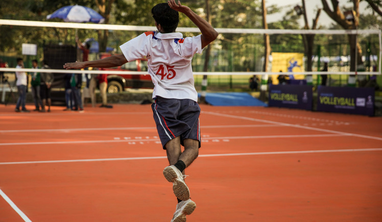 Help Mumbai's low-income schools to play sport!