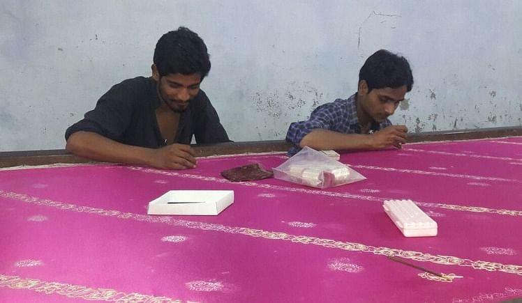 Donate 4 EDUCATION of 40 poor artisans,90 children