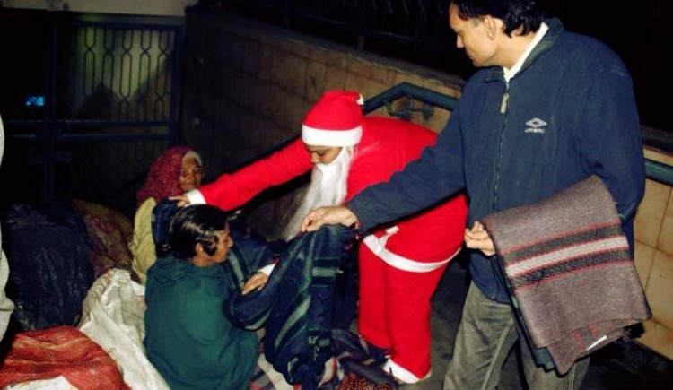 Be a Santa's angel this Christmas, spread warmth