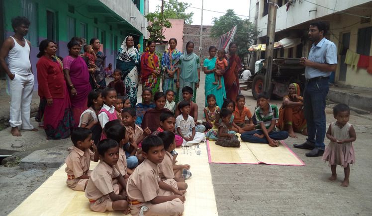 Help for educational support to 200 Indian slum students