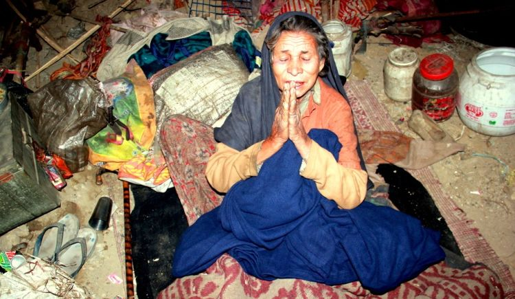 Celebrate Diwali by Donating Warm Meal and Blanket